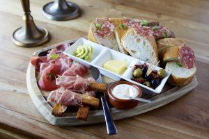 Broodplankje eetcafe 70